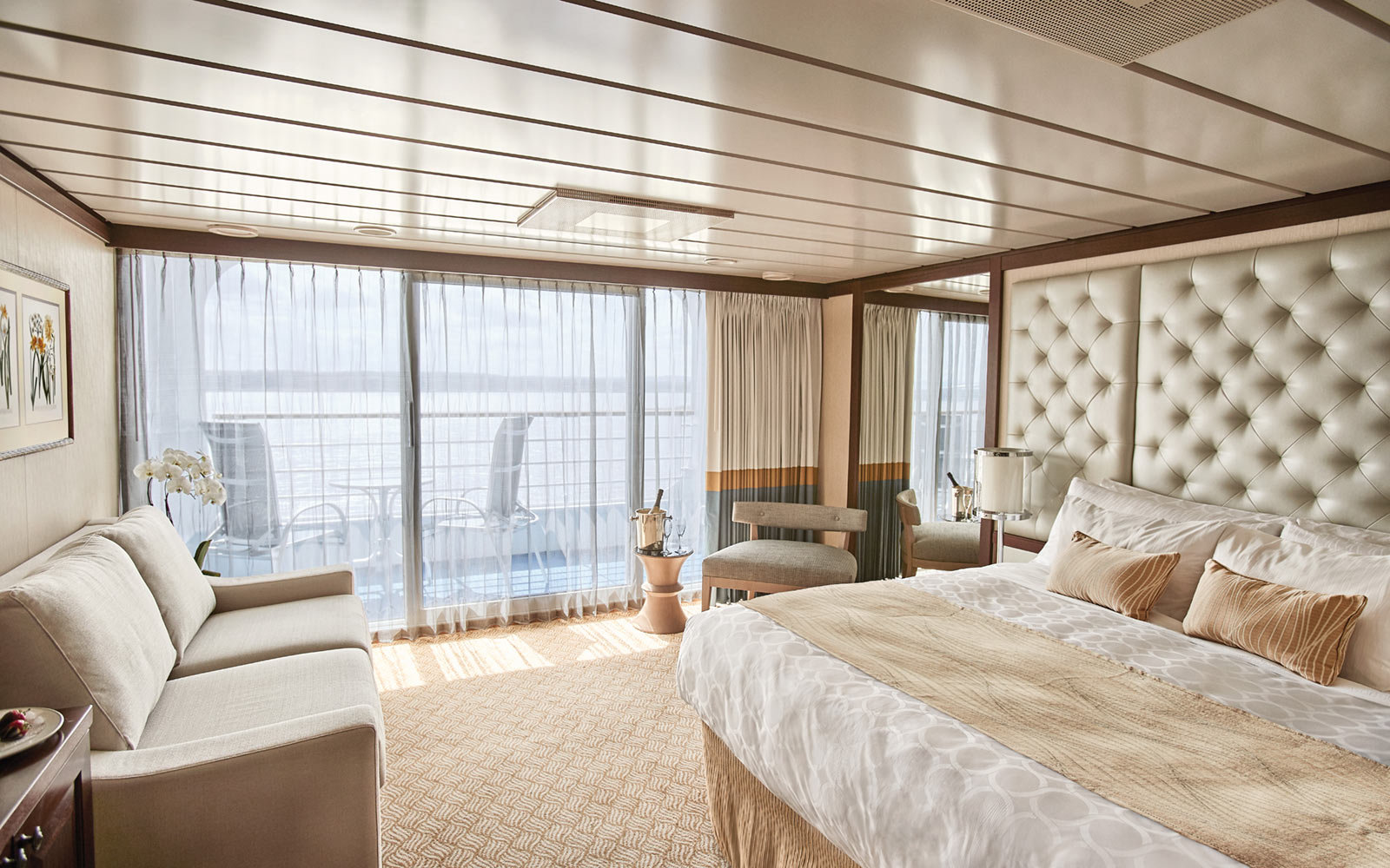 Princess Cruises, Suite aboard the Pacific Princess