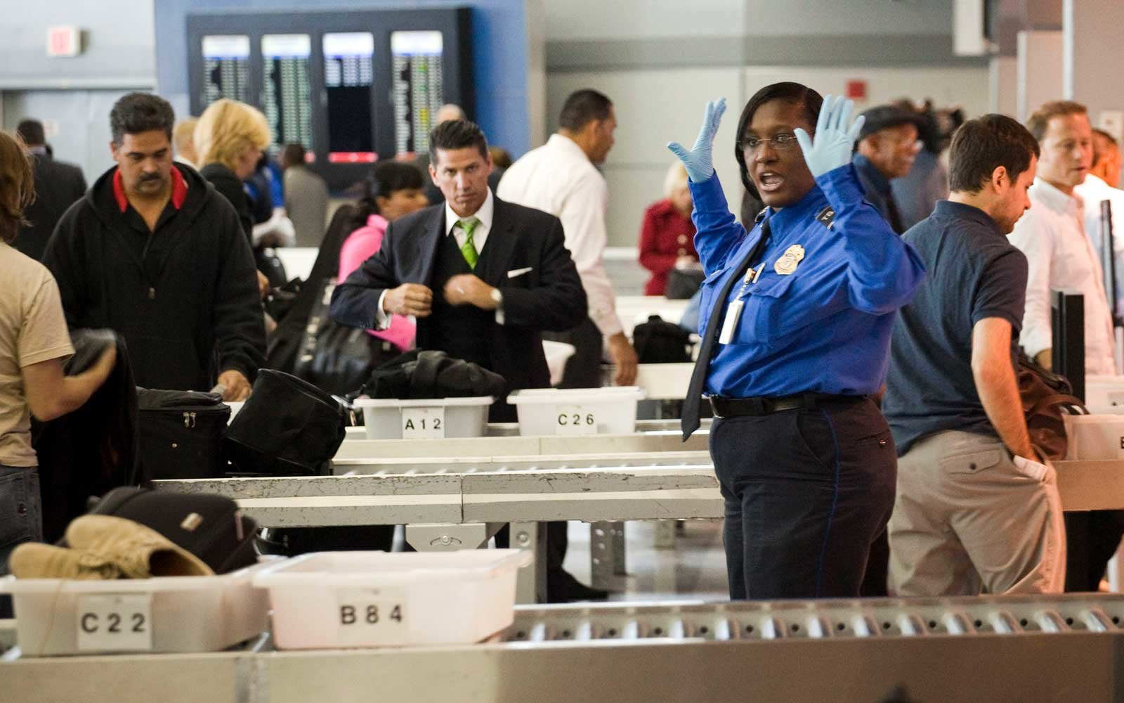 Help comes to Huntsville International Airport TSA workers