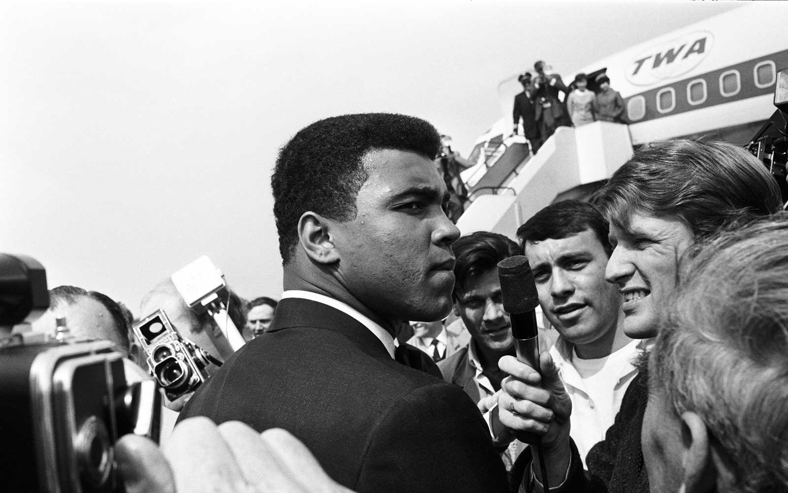 Why Muhammad Ali Never Got on a Plane Without His Own Parachute