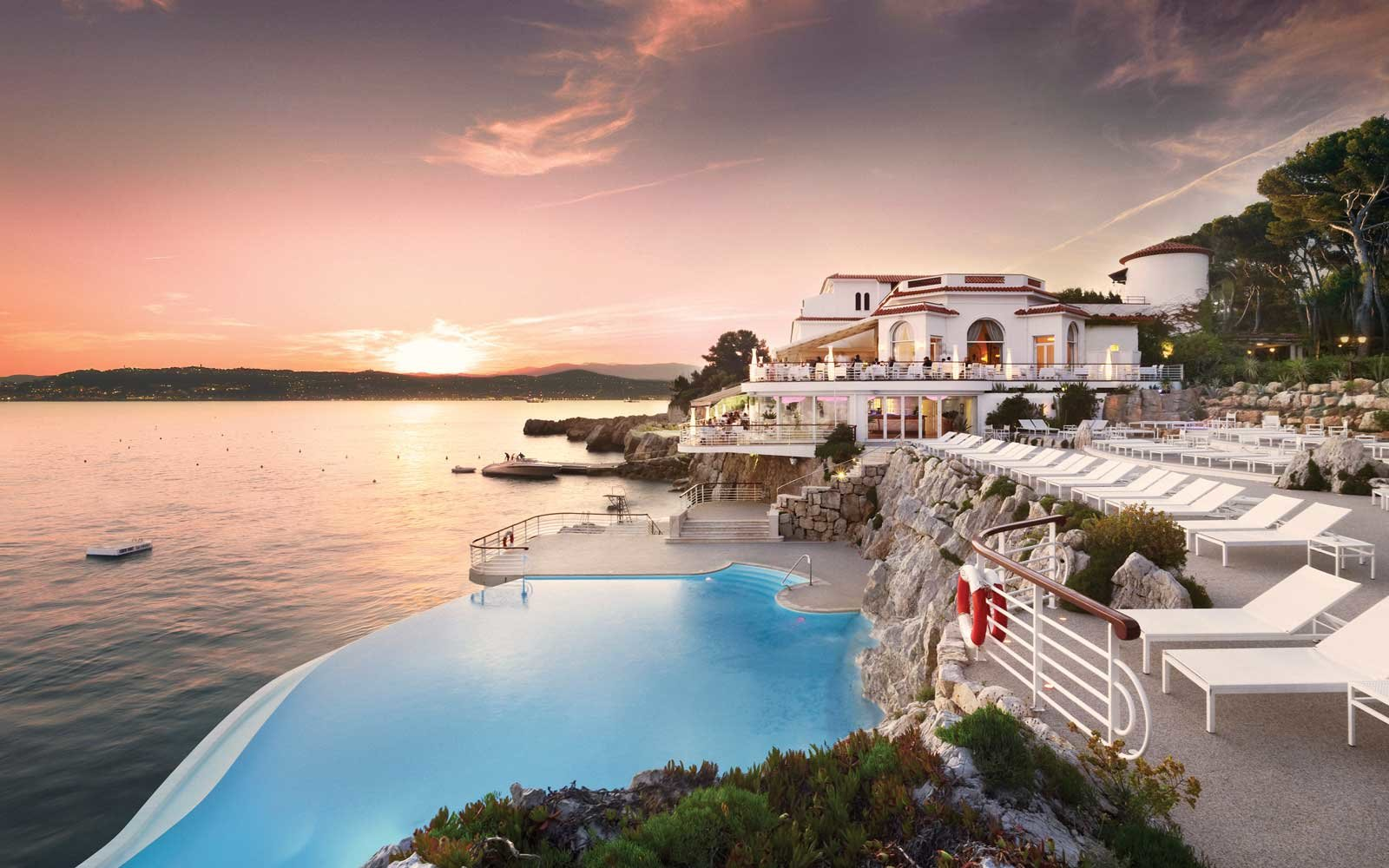 Top Romantic Hotels: Hotel du Cap Eden Roc, Antibes, France
