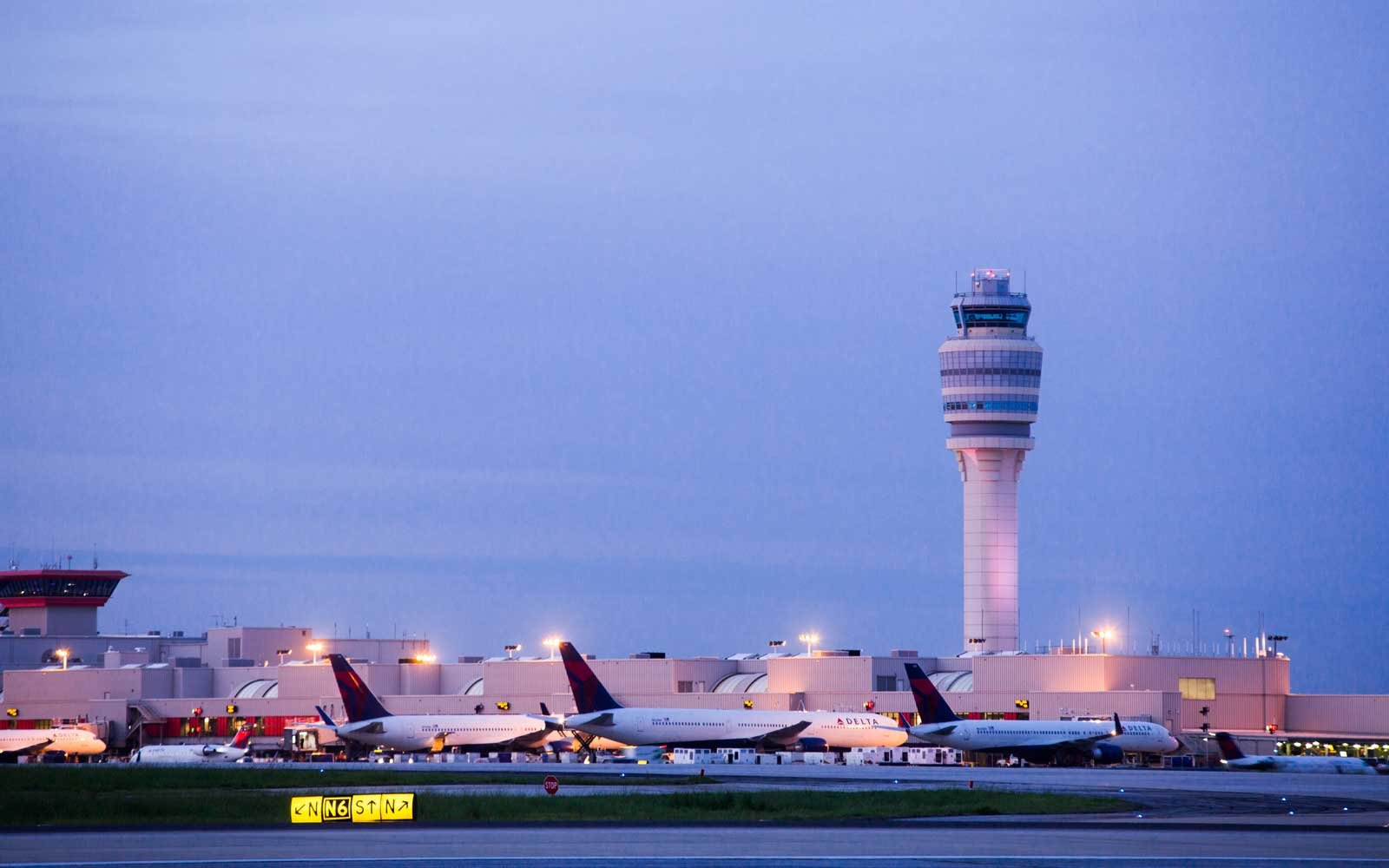 a5d3013fe77c Atlanta Airport Map and Terminal Guide: How to Make the Most of Your ...