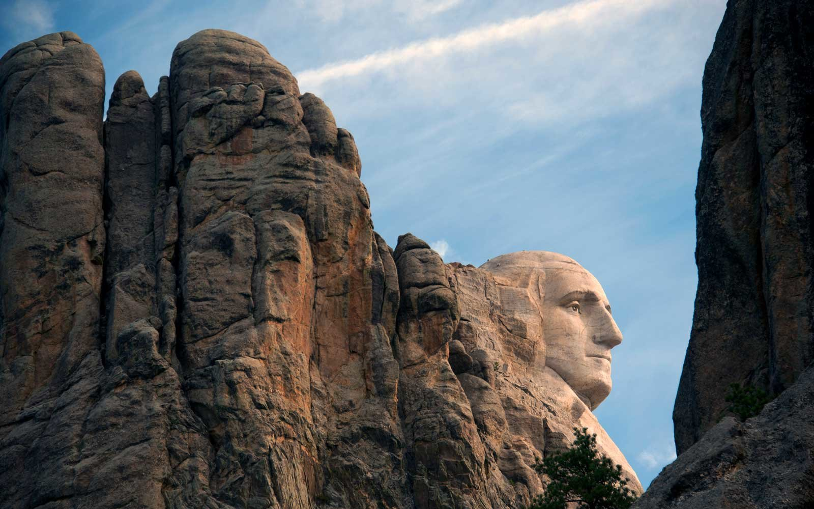 Side view of the famed Mt. Rushmore National Monument, South Dakota