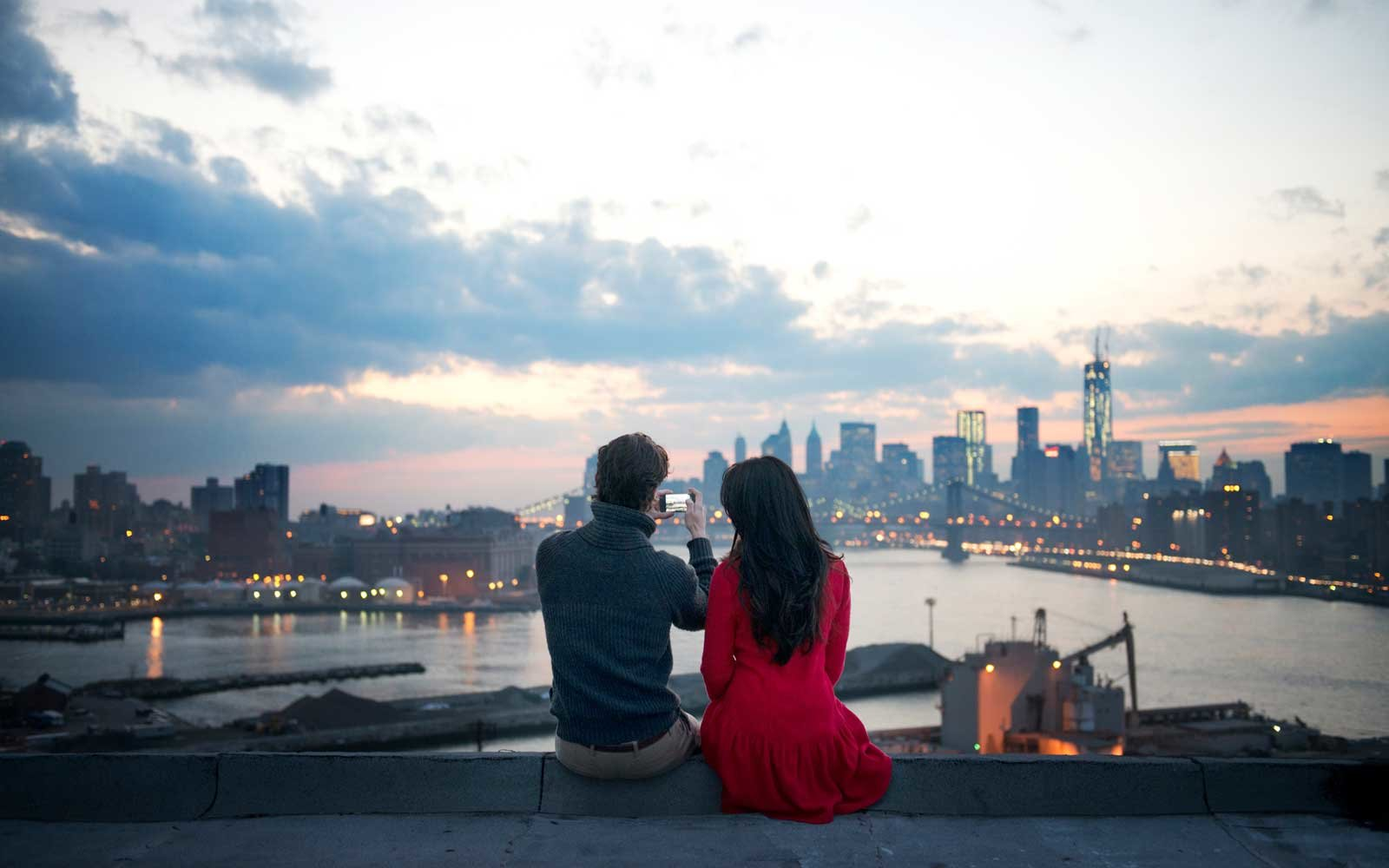 Kayak's new Rendezvous tool makes it easier for long-distance couples to travel together.