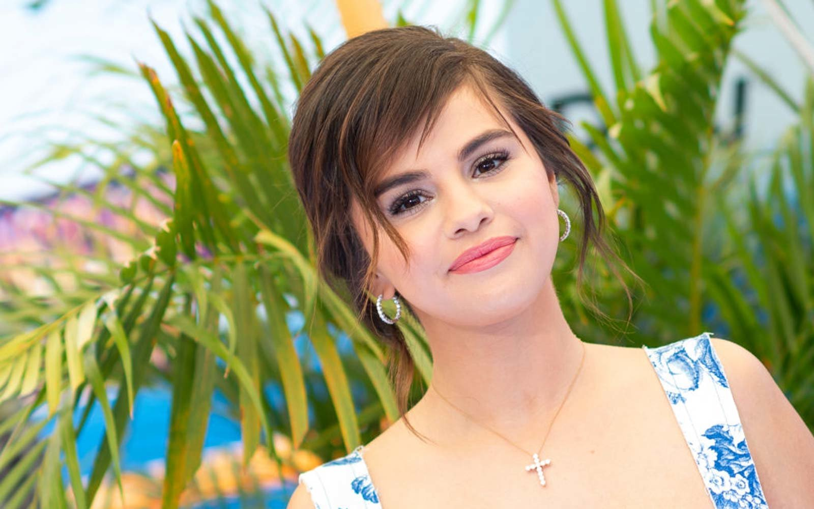 Actress Selena Gomez attends the world premiere of  Hotel Transylvania 3: Summer Vacation