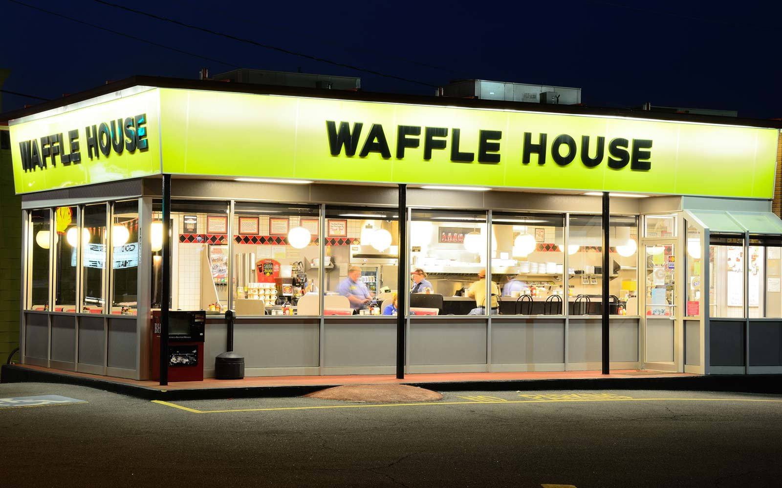 Waffle House is an iconic diner in the Southern United States and is popular for both breakfast and late night dining