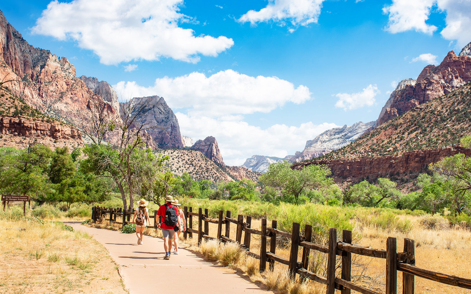 lead-family-hiking-zion-national-park-FAMTRAVEL0319.jpg