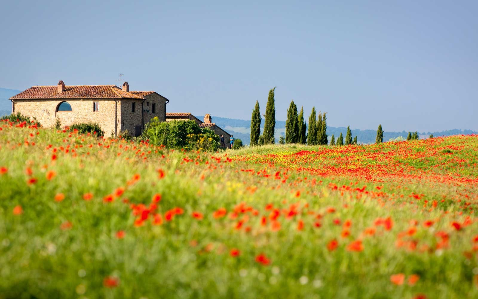 How to Spend a Week in a Castle in Tuscany for Cheap