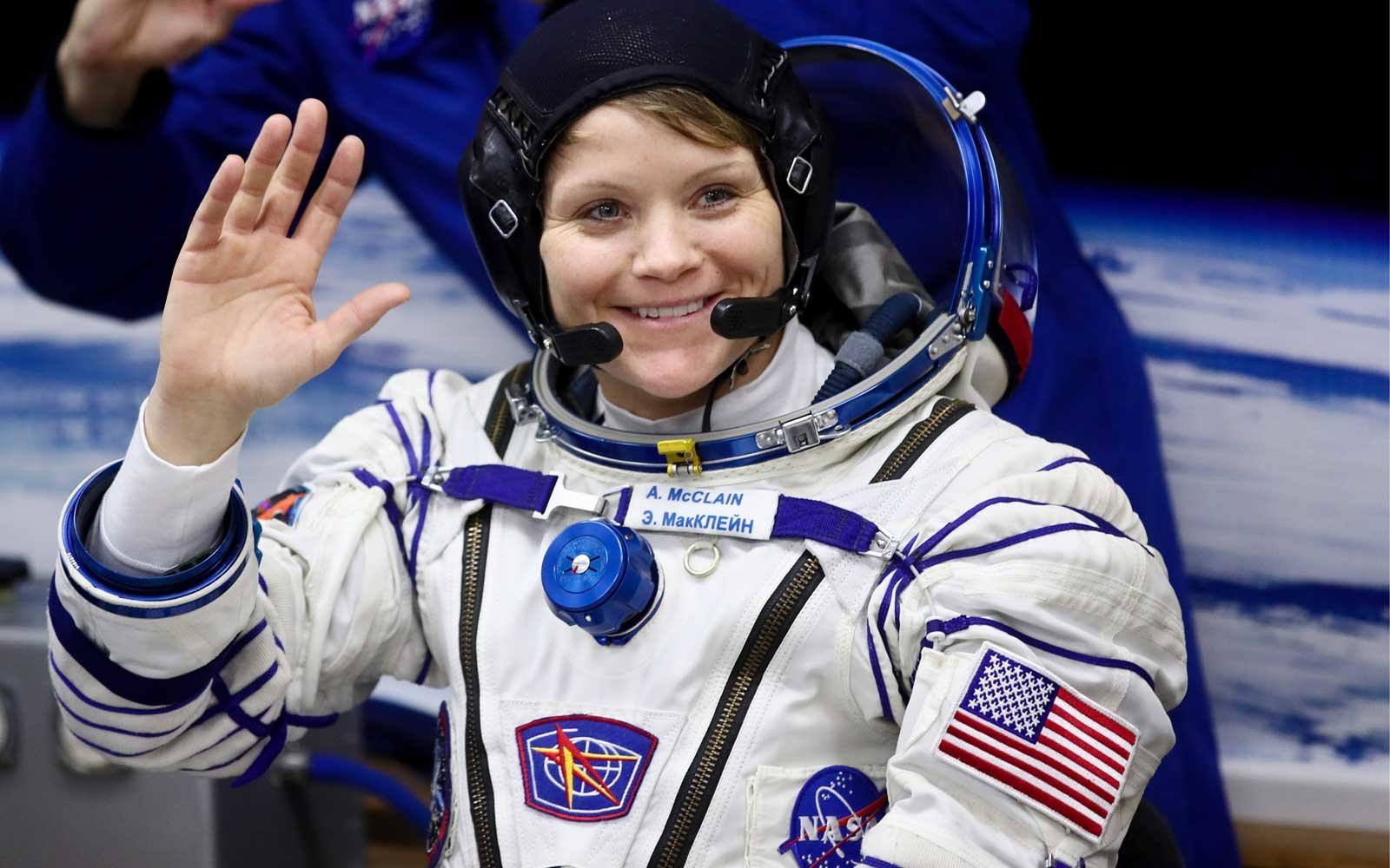 2 astronauts are scheduled for the 1st all-female spacewalk in history