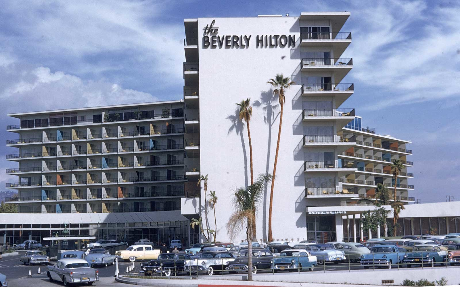 Exterior of the Beverly Hilton hotel in the 1950s