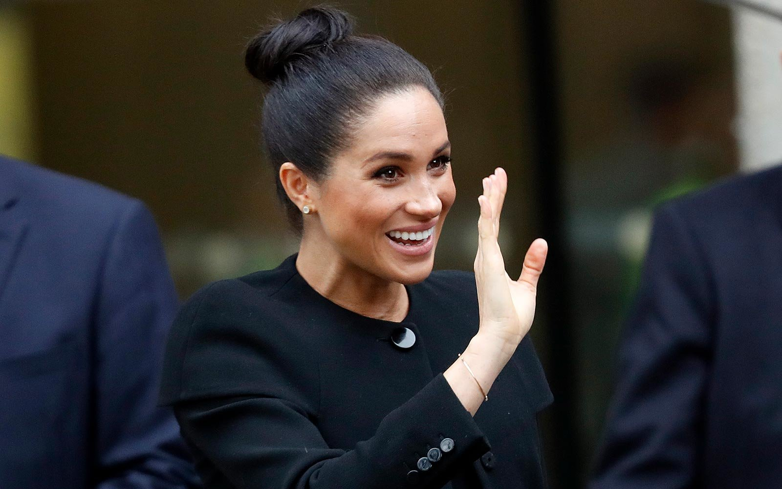 Meghan and Harry Will Likely Announce the Birth of Their Baby in This Thoroughly Modern Way