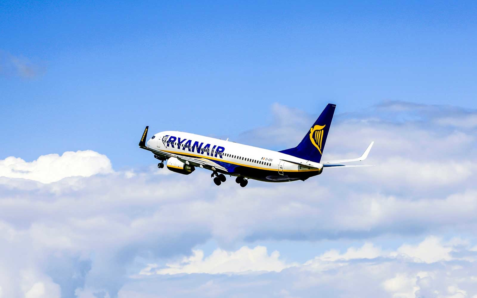 Ryanair Announces Plans To Launch Cheap Flights To Space