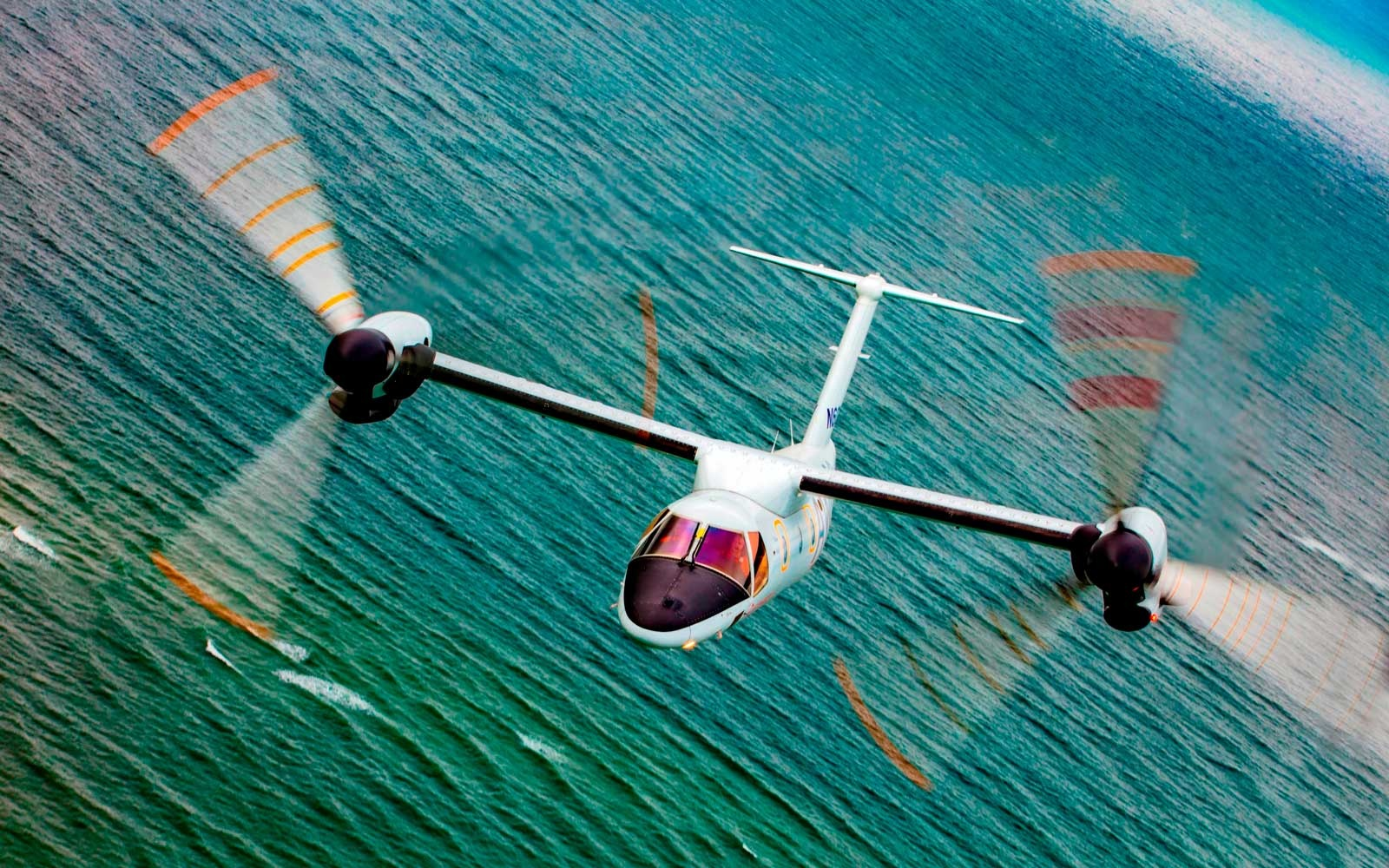 Helicopter and plane hybrid, AW609 tiltrotor by Leonardo