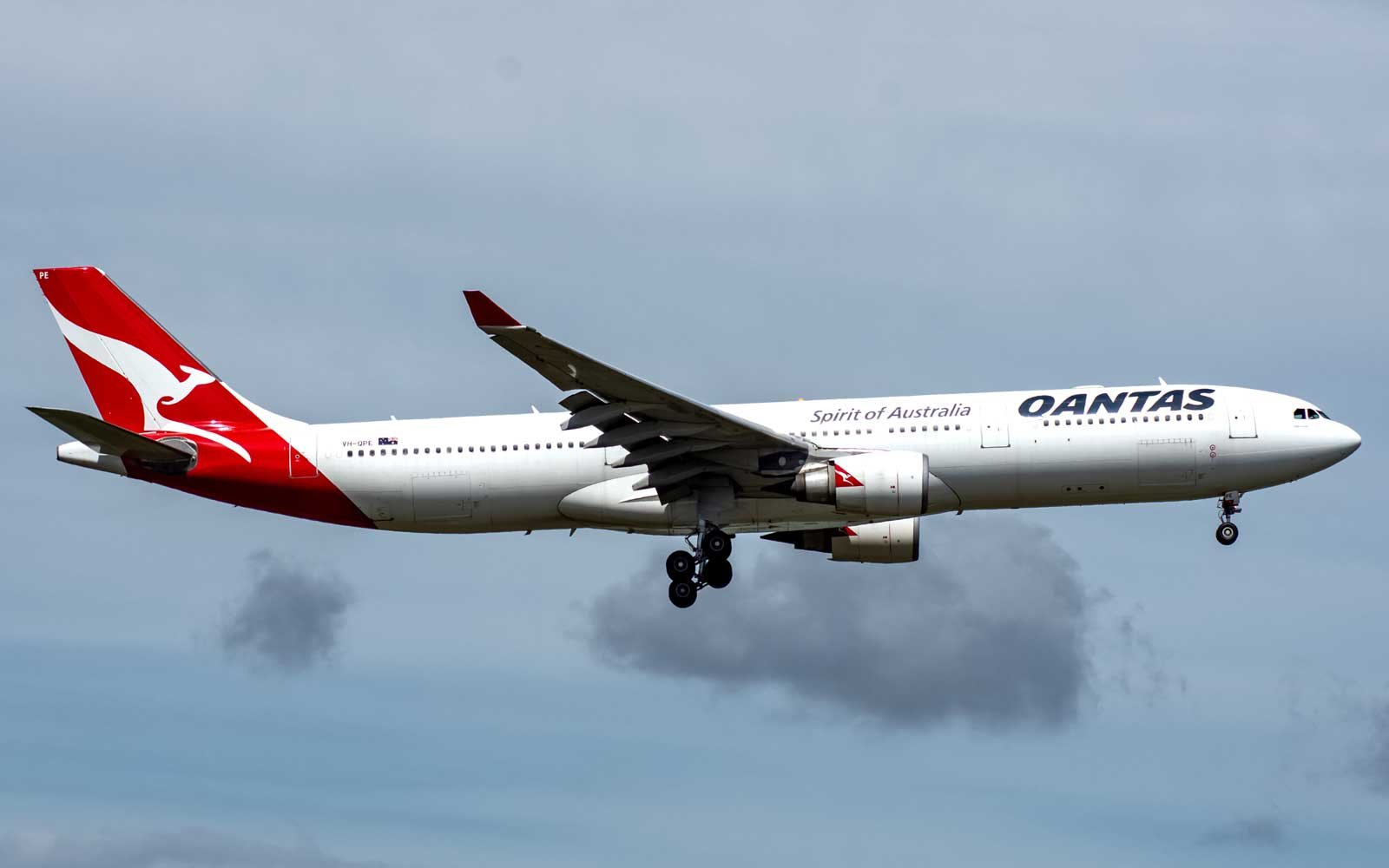 This Qantas Flight Will Produce Zero Waste — and Passengers Probably Won't Even Notice a Difference