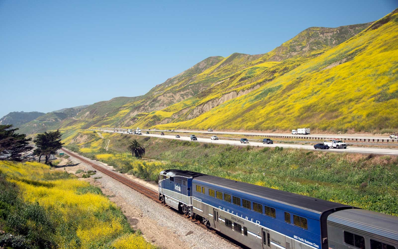 Amtrak Is Having a 2-for-1 Sale to Inspire You to Travel With Your Mom