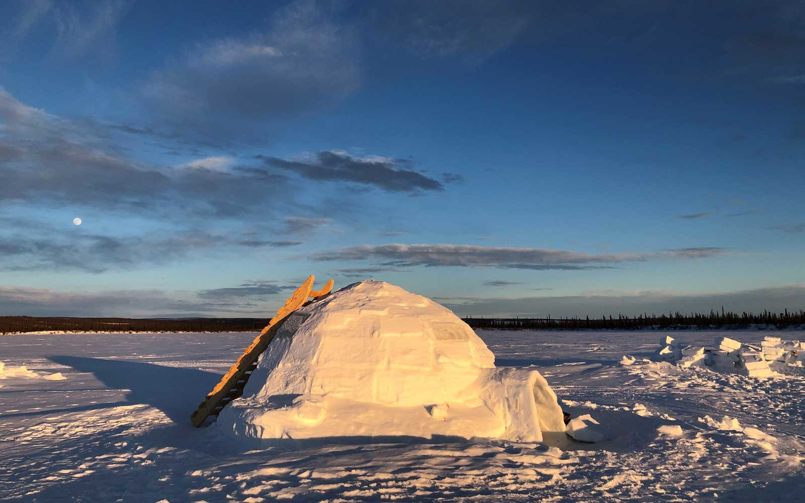 Arctic Tundra Adventures - Indigenous Communities