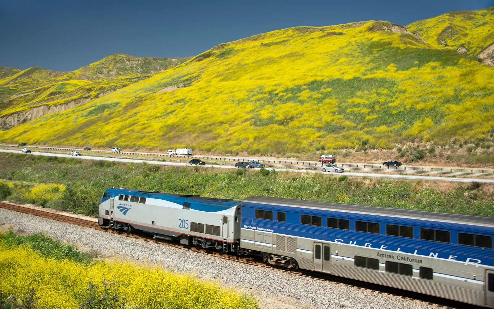 Amtrak Is Having a Father's Day Flash Sale With Fares As Low As $22