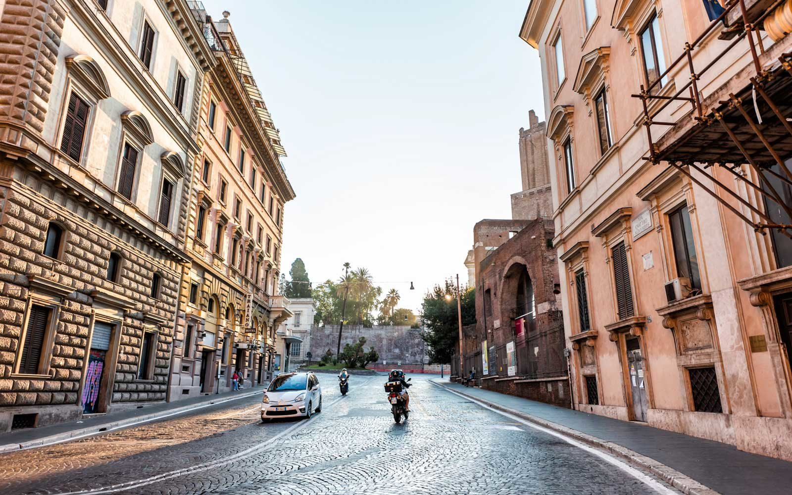 Why Rome Is Replacing Its Historic Cobblestone Streets With Not-so-quaint Asphalt