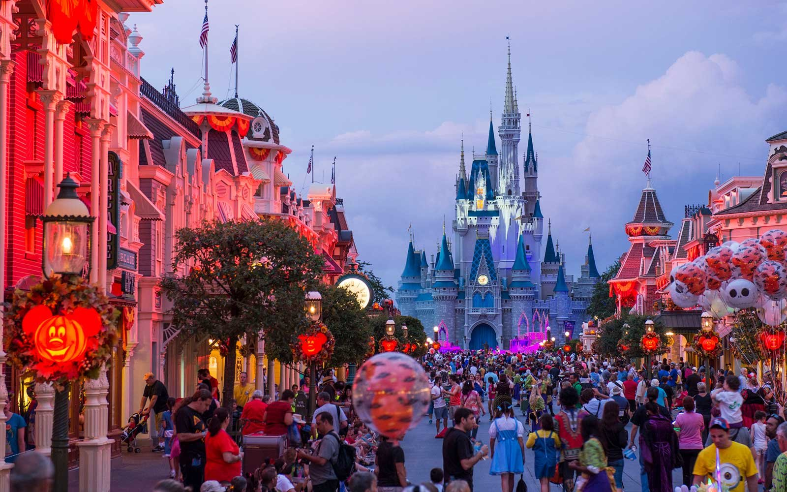 3 Amazing Disney Vacation Deals to Take Advantage of Right