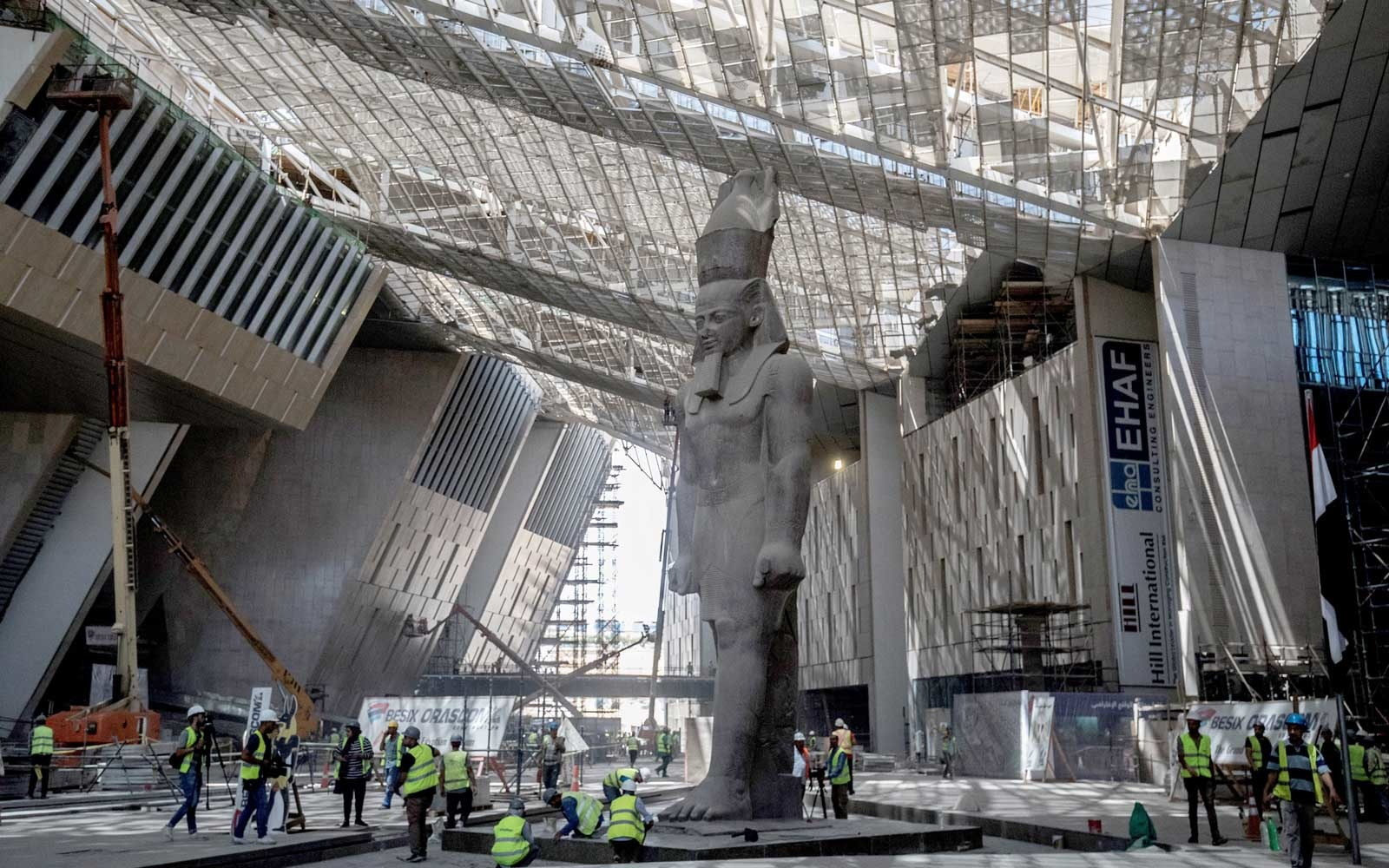 Grand Egyptian Museum under construction