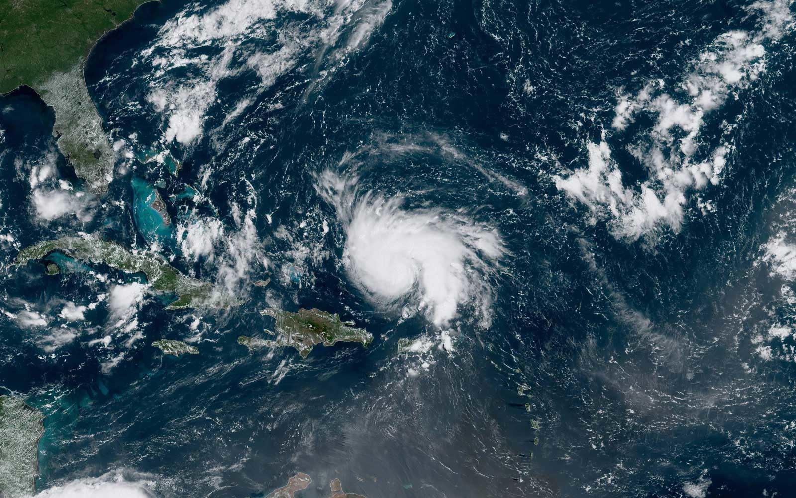 Hurricane Dorian heads to Florida