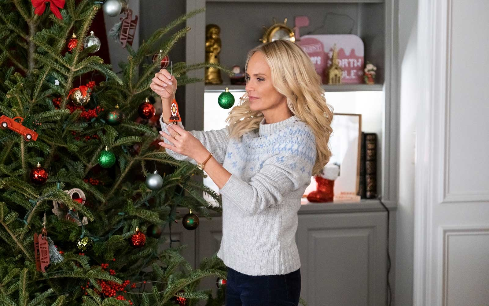 Kristin Chenoweth on Hallmark Channel
