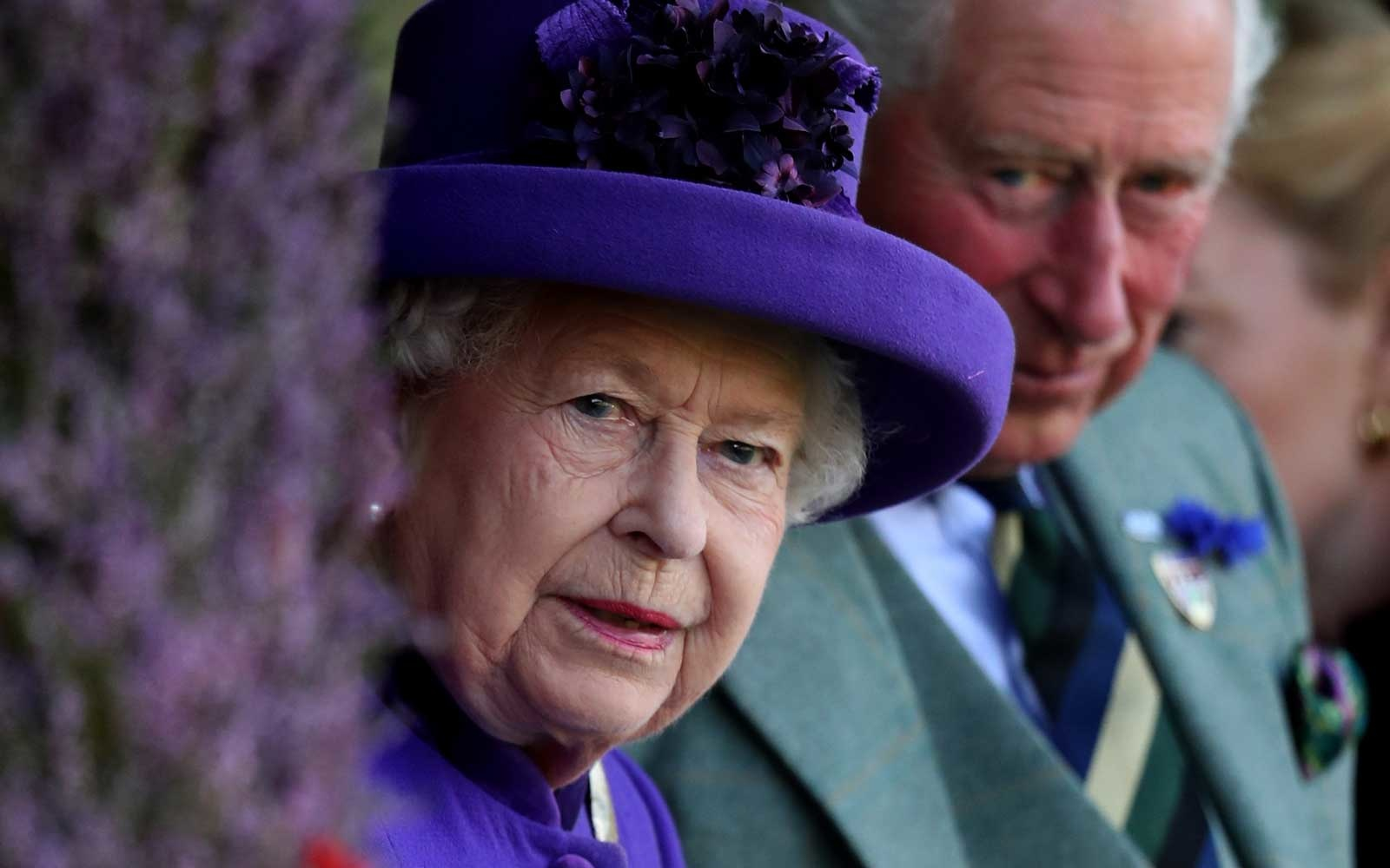 The Queen is hiring and the job comes with a room at Buckingham Palace