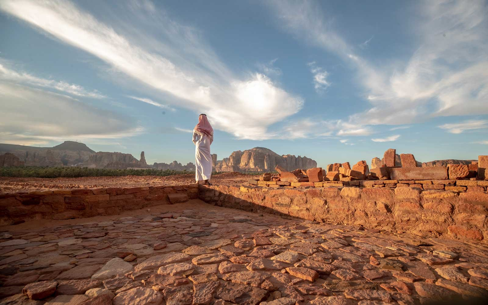 Saudi Arabia to allow foreign tourists