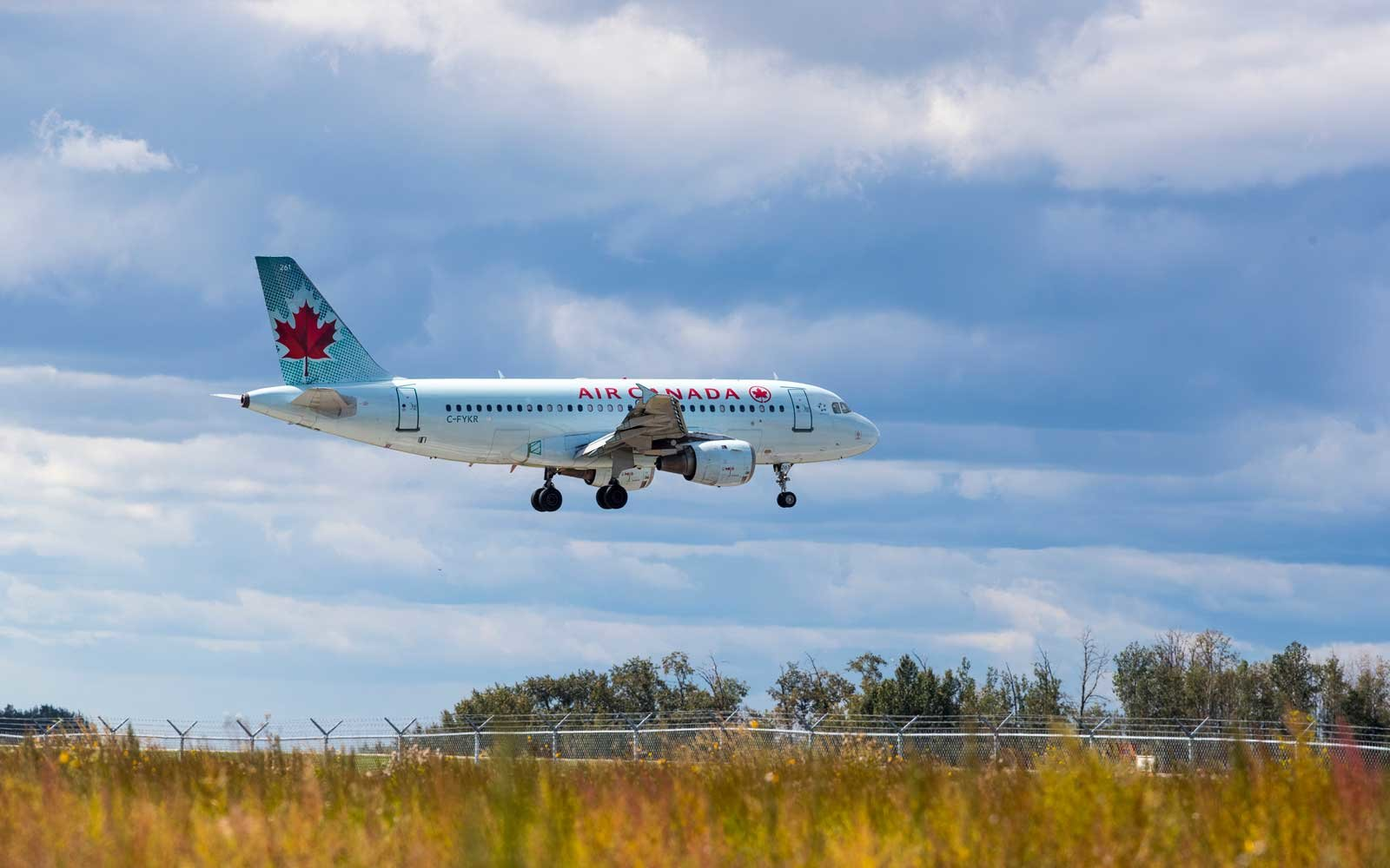 Why you'll no longer hear 'ladies and gentlemen' on Air Canada flights