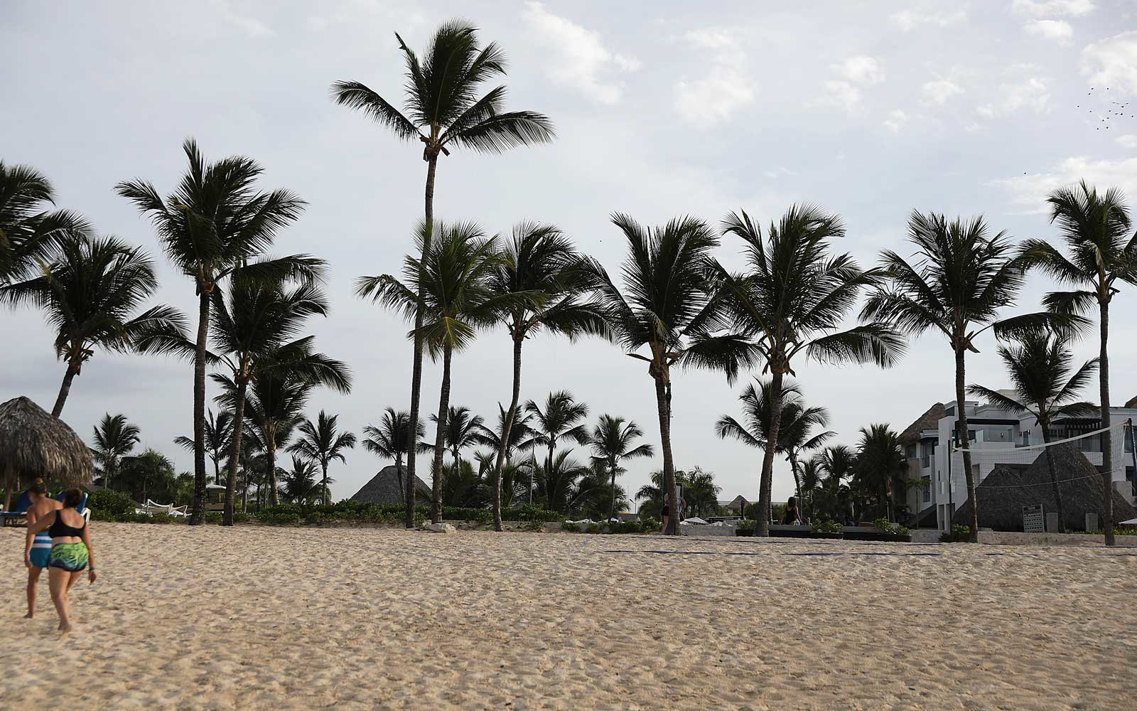 Dominican Republic tourists died of natural causes, not tainted alcohol, FBI report says