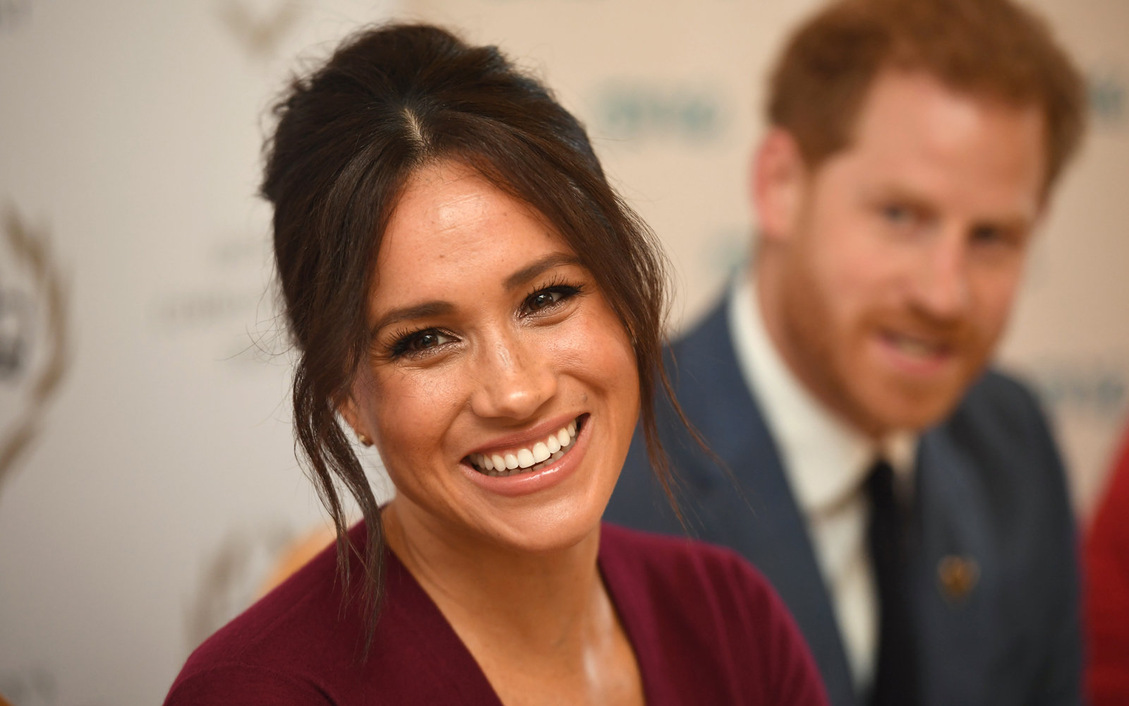Meghan Markle goes incognito to volunteer at Toronto charity in never-before-seen photo