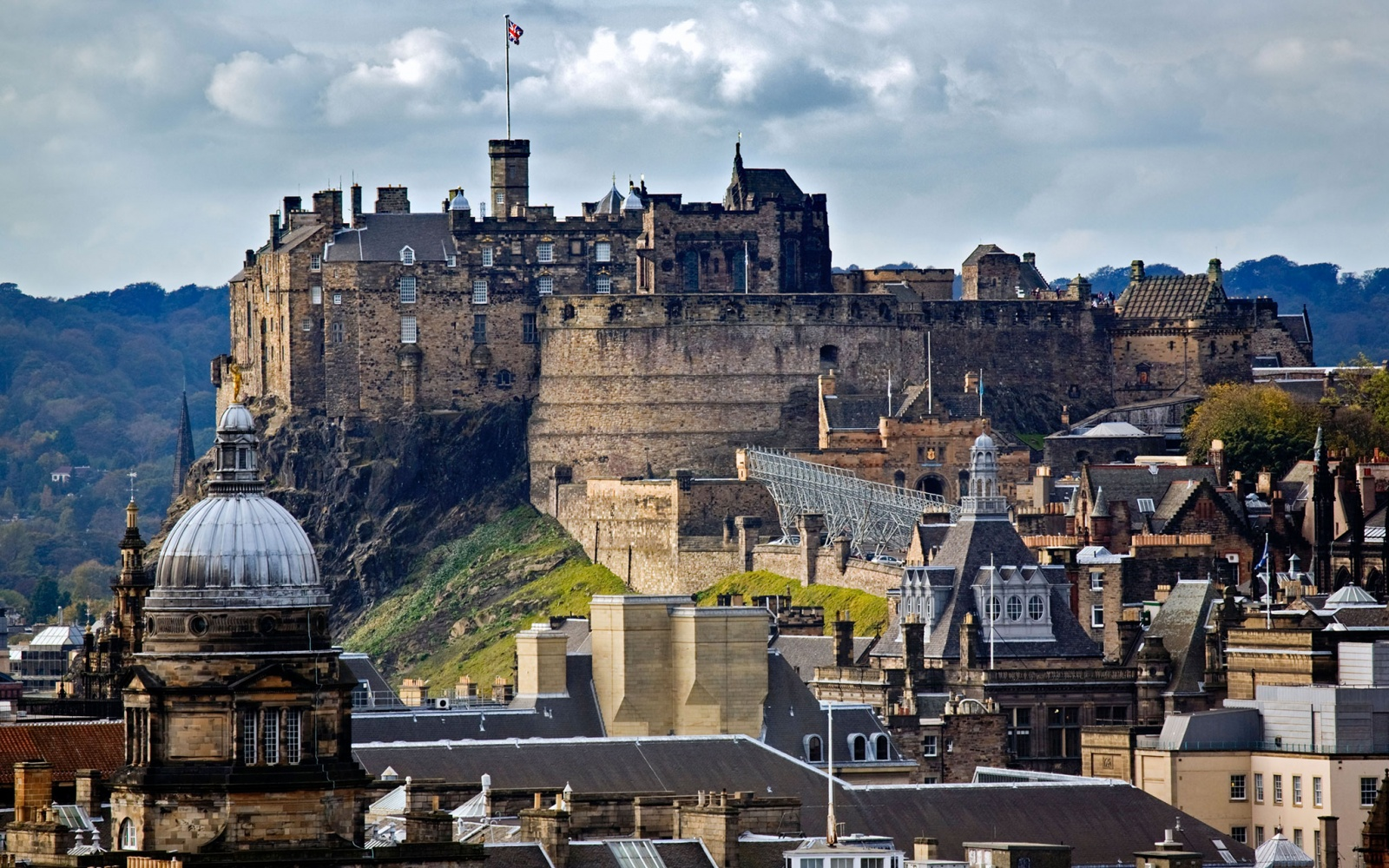 No. 17 Edinburgh Castle