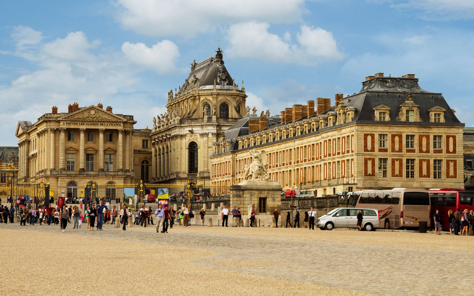 The world s most visited castles travel leisure for Versailles paris