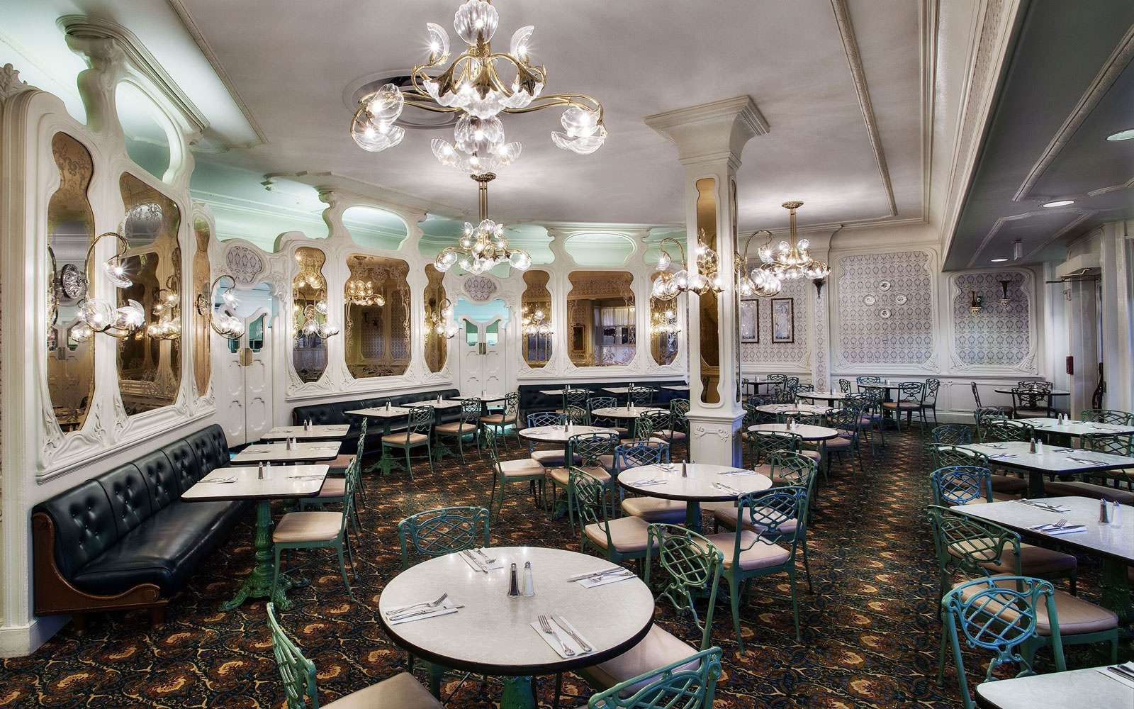 The best disney restaurants travel leisure dining room at the plaza restaurant at magic kingdom disney world arubaitofo Choice Image