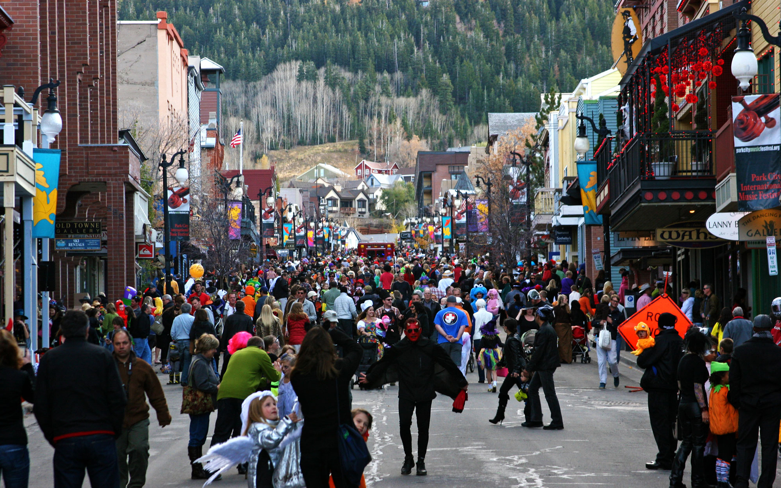 holloween parade in park city utah - Best Halloween Celebrations
