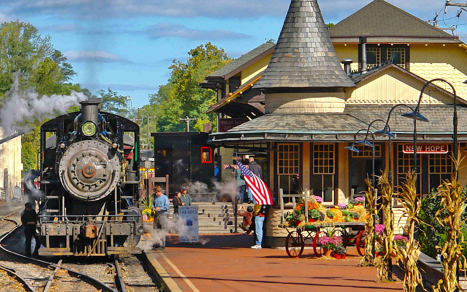steam train at train station in New Hope, Pennsylvania