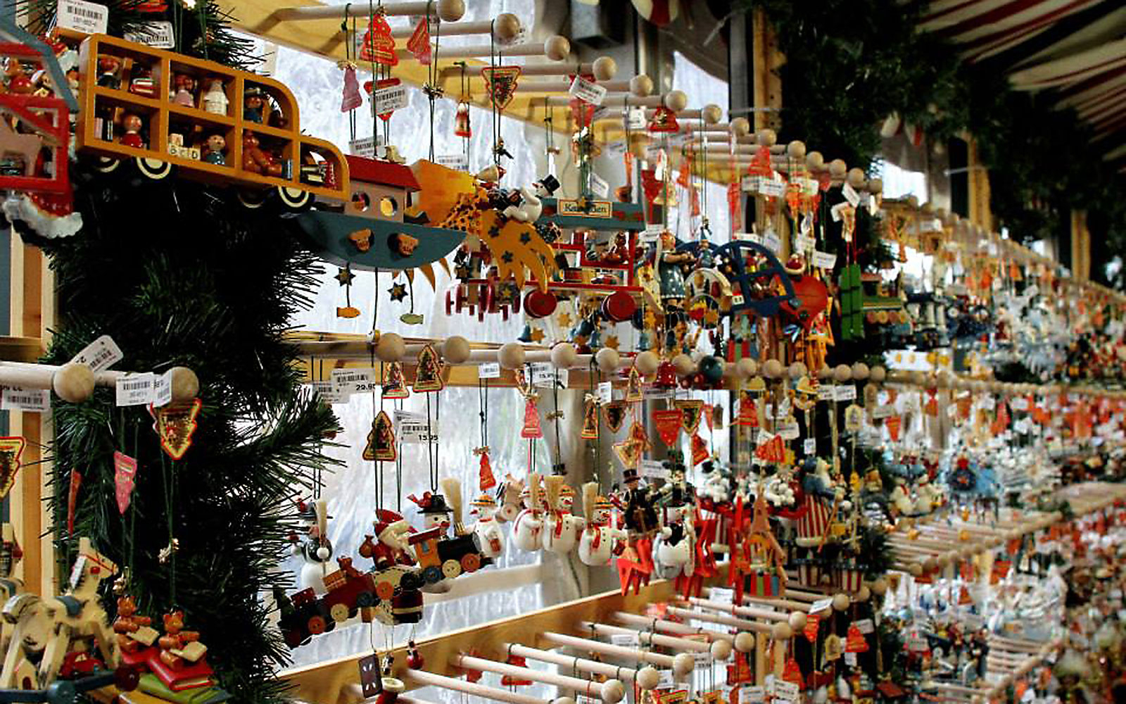 Best christmas villages in us christmas decore Best villages in america