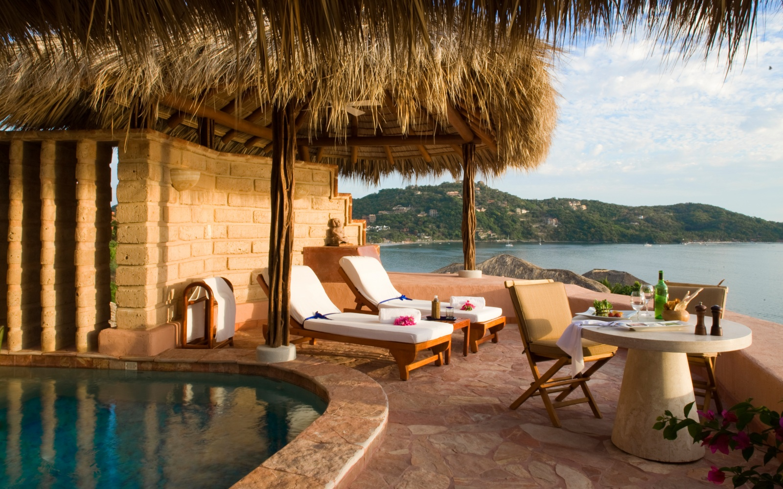 guest pool at La Casa Que Canta, Zihuatanejo Mexico