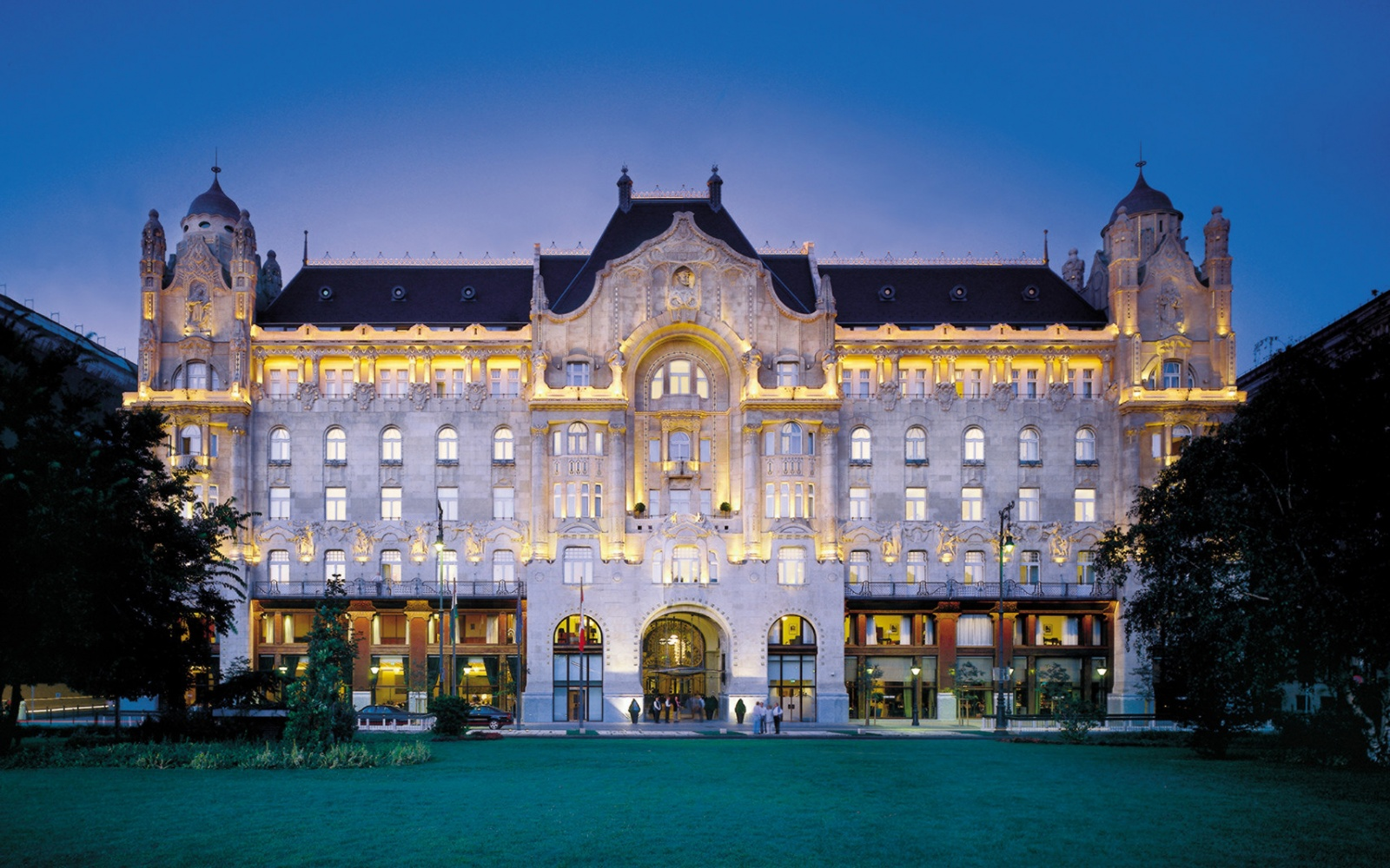 No. 3 Four Seasons Hotel Gresham Palace Budapest