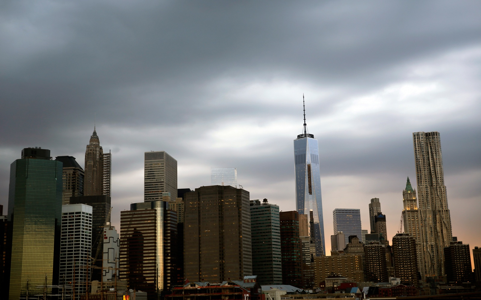 Awesome Manhattan Skyline, Brooklyn Bridge Park Great Pictures