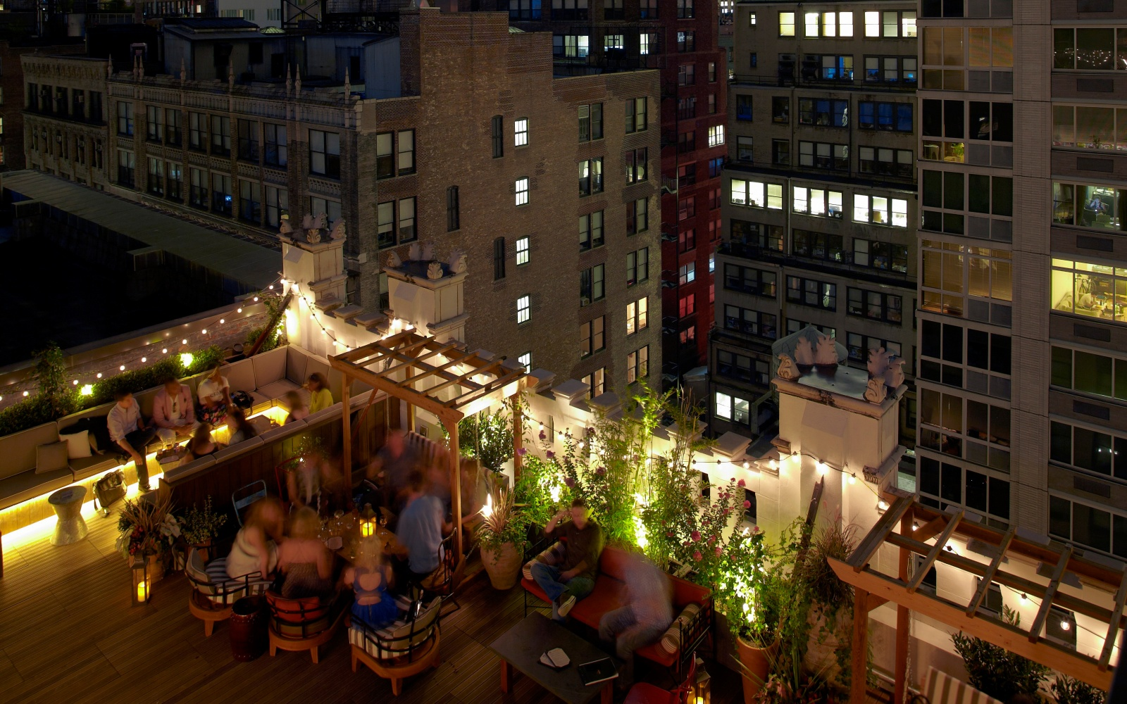 Best rooftop bars in nyc travel leisure for Unique hotels nyc