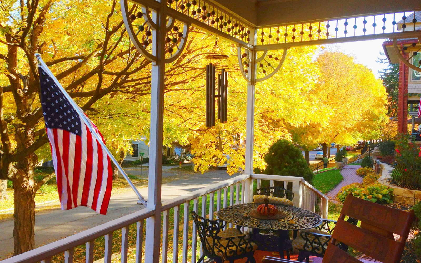 America S Best Towns For Fall Colors Travel Leisure