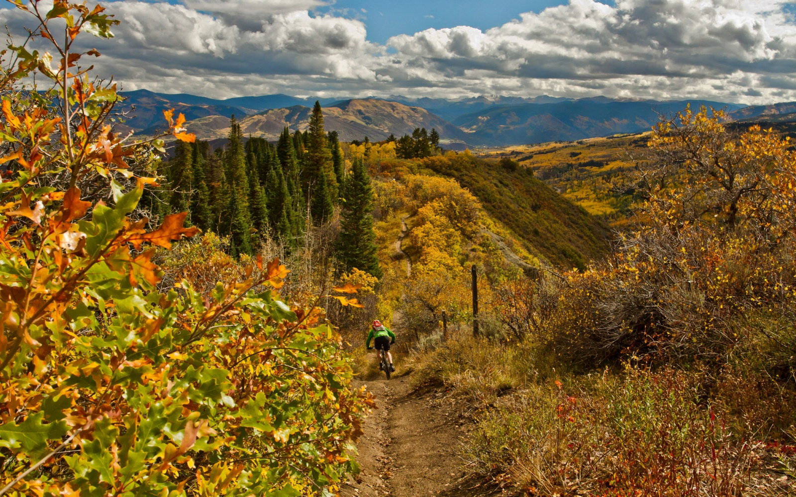 Americas Best Towns For Fall Colors Travel Leisure - 8 best places in the us to watch fall foliage