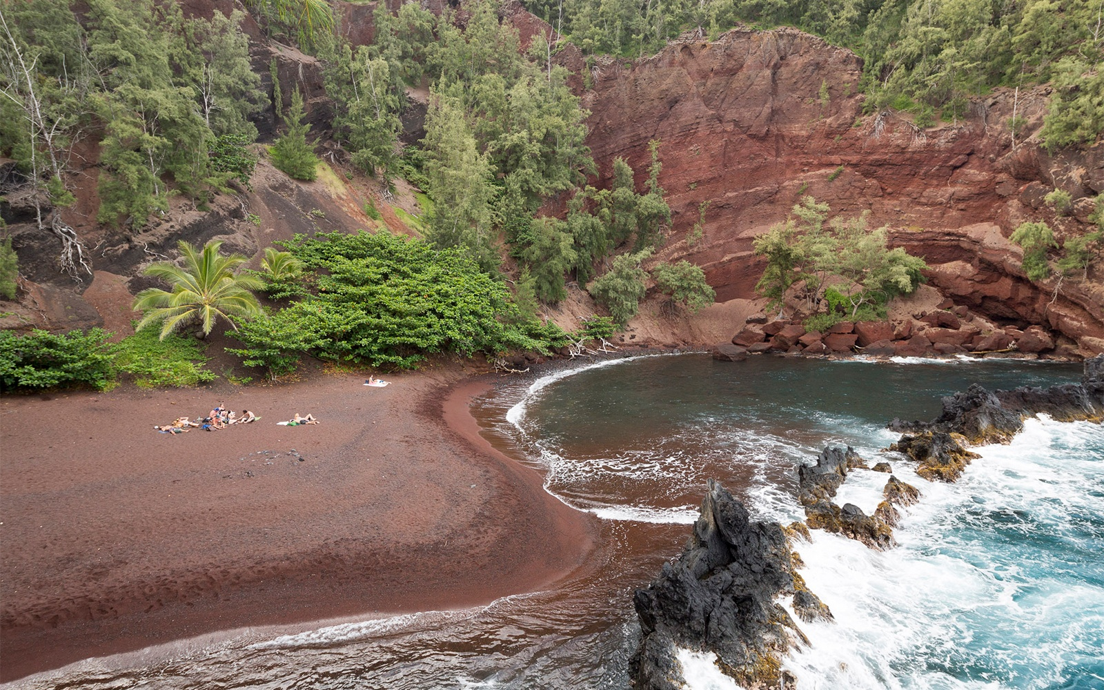 201409-ss-maui-red-sand-beach