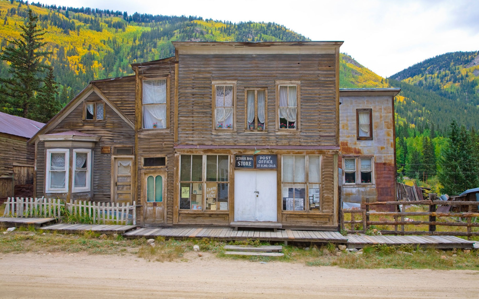St. Elmo, Colorado