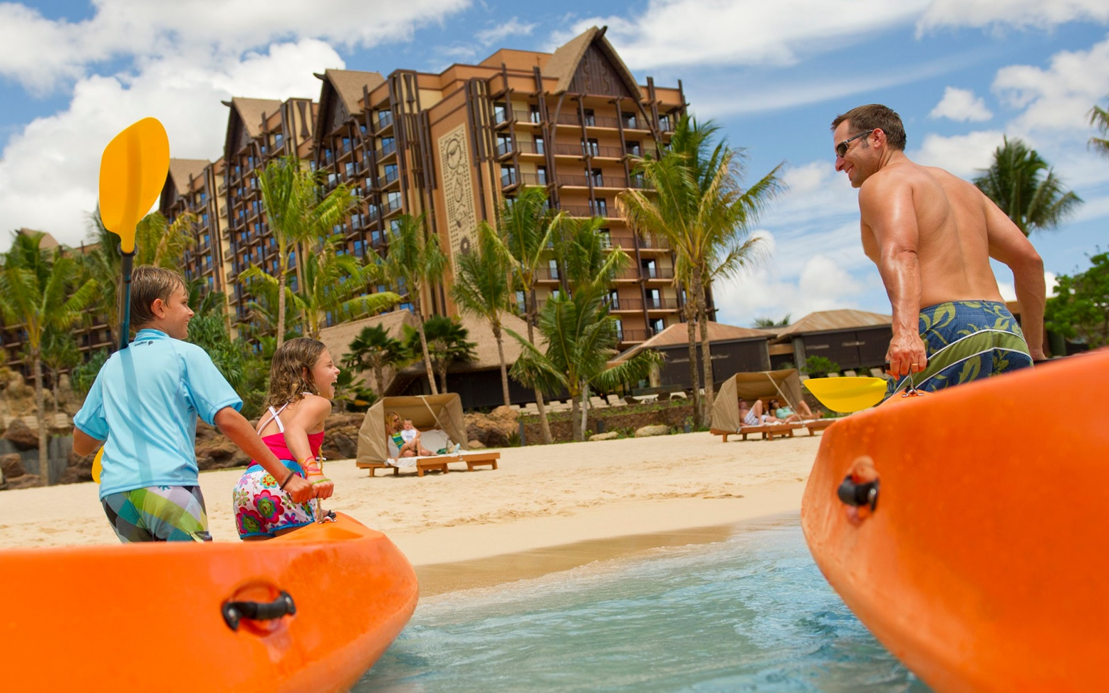 Best Family Beach Hotels Travel Leisure - The 9 best family friendly resorts in hawaii