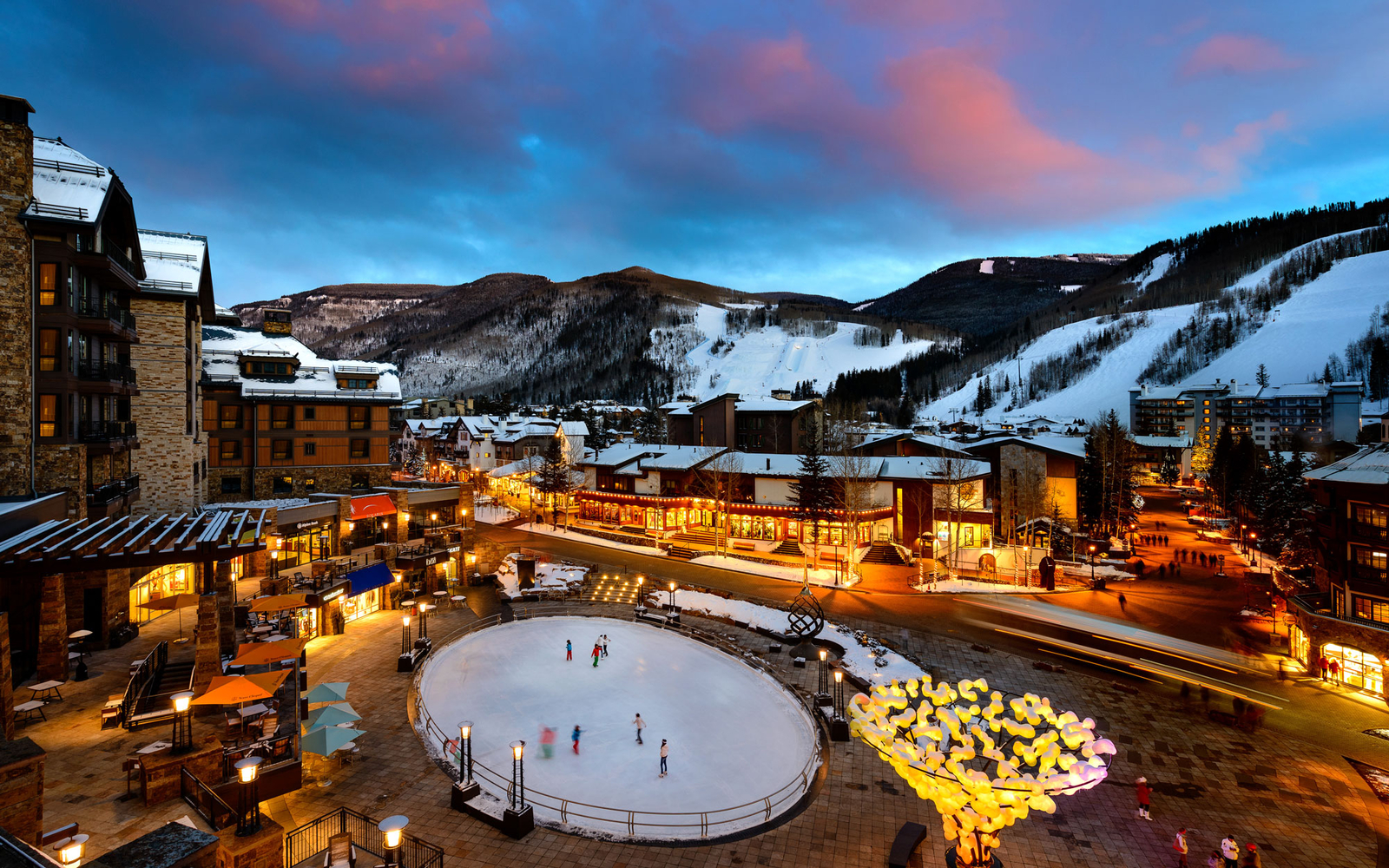 america u0027s best towns for the holidays travel leisure
