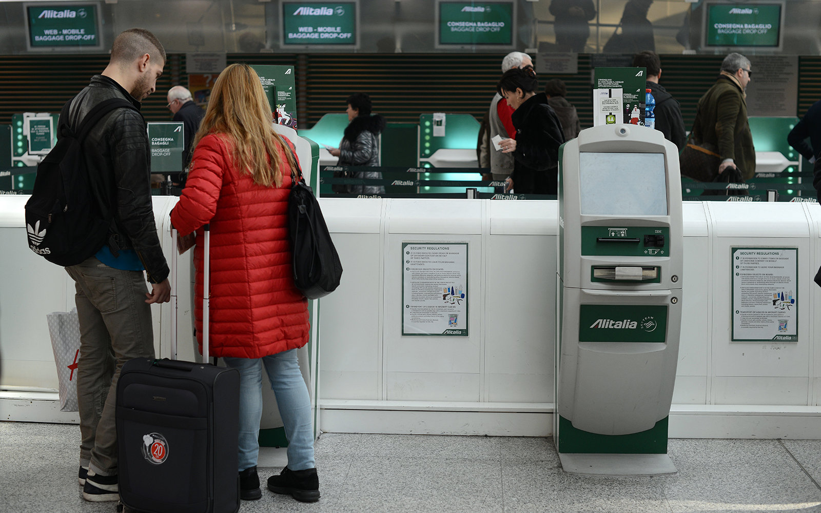 Alitalia check-in counter