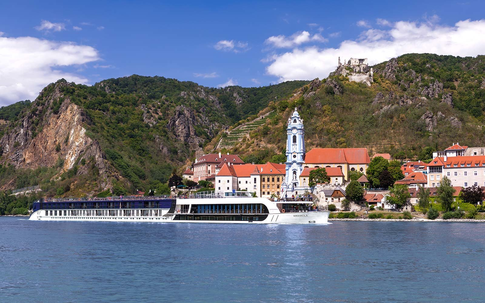 Amawaterways, AmaViola