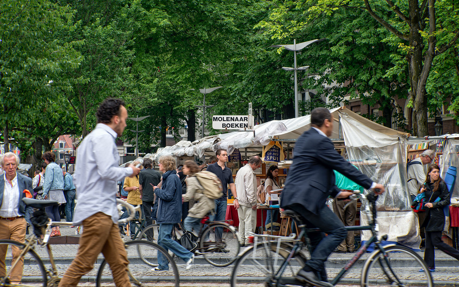 Amsterdam's Best Outdoor Markets for Unique Finds
