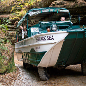 201205-wg-chicago-romancing-wisconsin-river